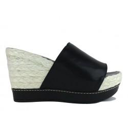 stuart weitzman promotions sandales Sandales CompenséesSW GOBIG - CUIR - NOIR