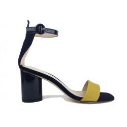 stuart weitzman sandales Sandales KendraSW KENDRA - NUBUCK ET VERNIS - B