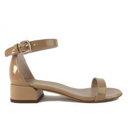 stuart weitzman promotions sandales SandalesSW NUDISTJUNE - VERNIS - NUDE